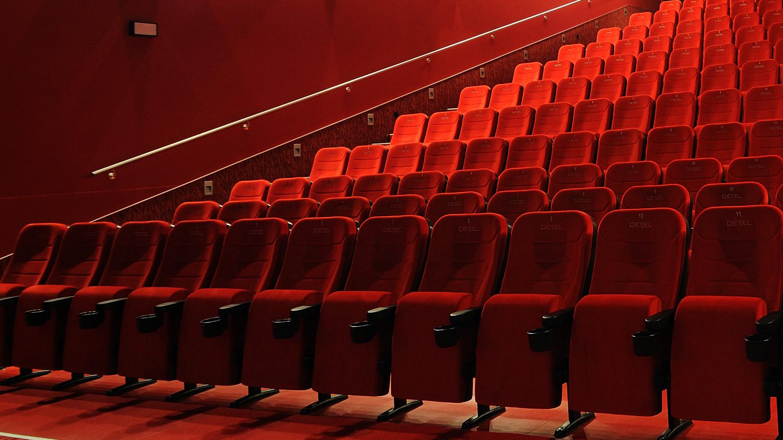 VOLL IM BILD Bei uns bekommen Sie das volle Programm, denn SUNWORKSversteht sich als Full-Service-Agentur für Ihre Kino-Werbung.WEITERE INFOS WARUM KINOWERBUNG